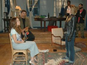 Vlaquiria tenta matar Alice (Vanessa Gerbelli)